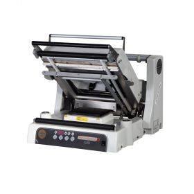 Poolautomaatne toidukilesse pakkimise masin