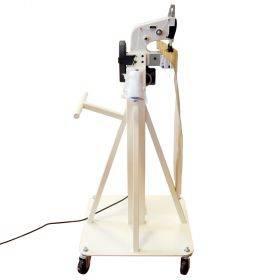 Statsionaarne õmblusmasin ratastel